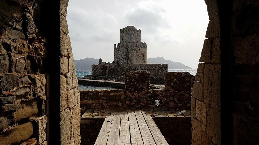 Το αναδυόμενο κάστρο της Μεθώνης