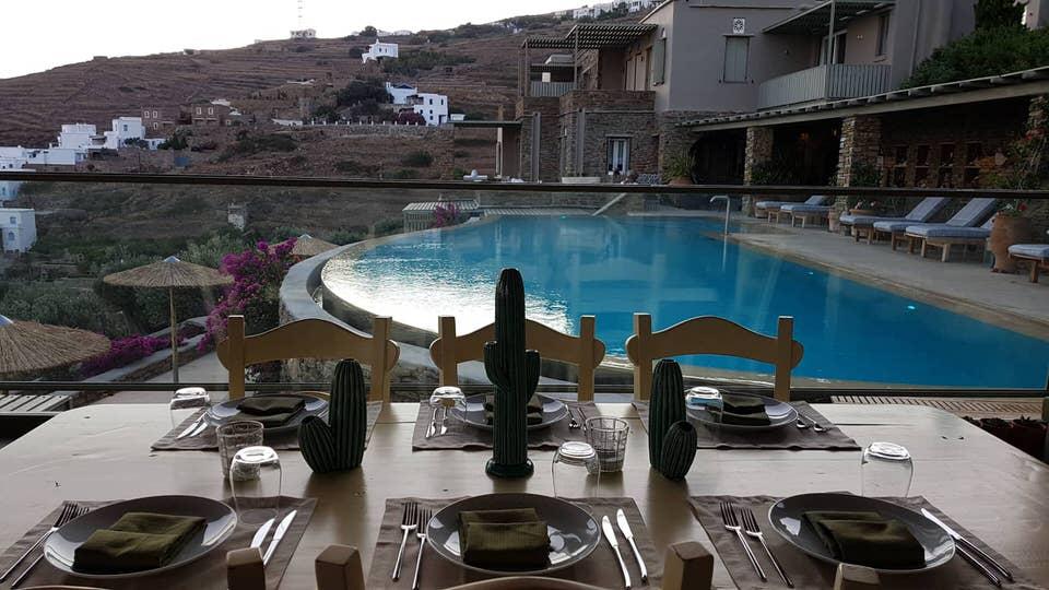 Aeolis Tinos Suites: Το travelgirl.gr σε ξεναγεί στο ωραιότερο ξενοδοχείο της Τήνου