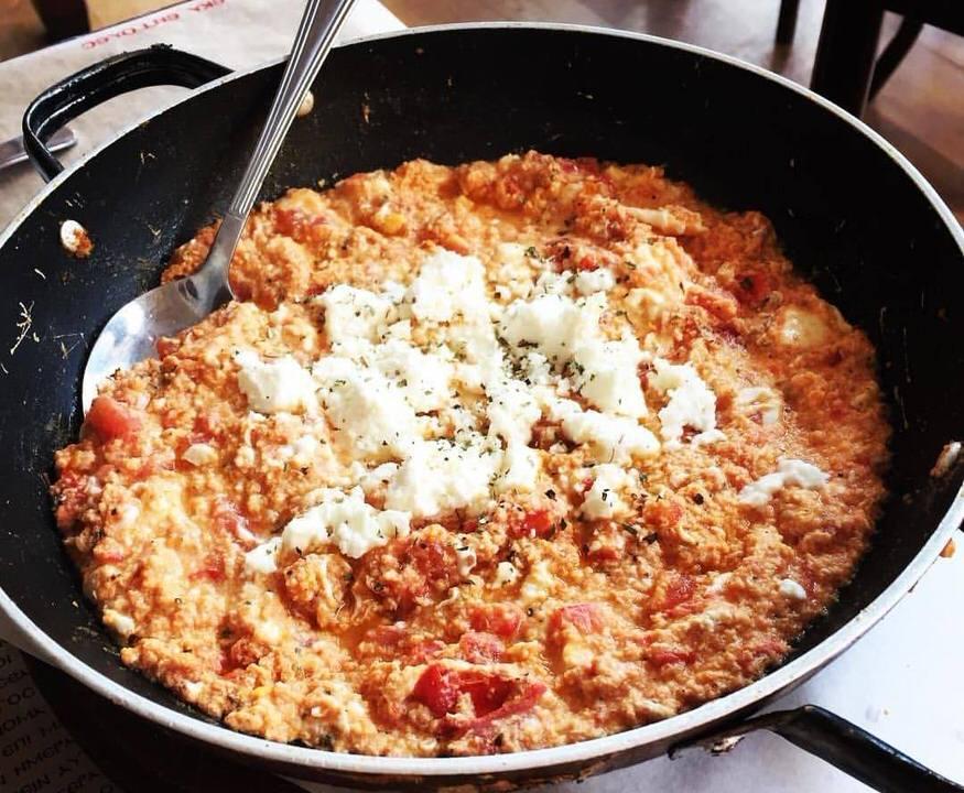 Συνταγή για καγιανά/στραπατσάδα