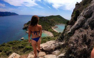 Ταξίδι στην παραλία Πόρτο Τιμόνι της Κέρκυρας