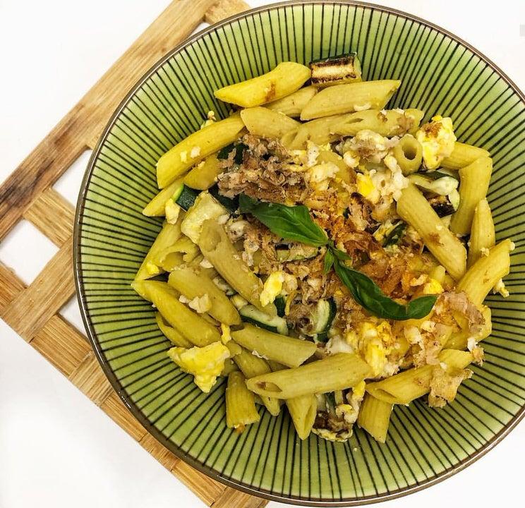 Συνταγή για μακαρονοσαλάτα με αβοκάντο και καλαμπόκι!