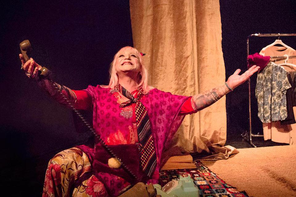 """""""Όταν κρεμάσουν τις όμορφες"""" του Μάνου Τσιλιμίδη: Για 3η χρονιά στο Θέατρο Αλκμήνη"""
