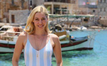 Η Μαρκέλλα Σαράιχα ταξιδεύει στην Ελλάδα