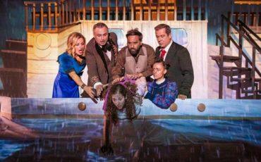 Η καλύβα του μπαρμπα-Θωμά στο θέατρο Χυτήριο