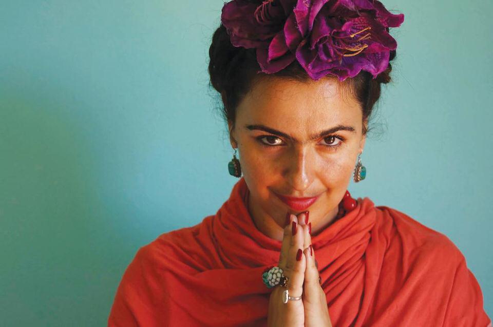 Frida ΚΙ ΑΛΛΟ στο θέατρο Αποθήκη