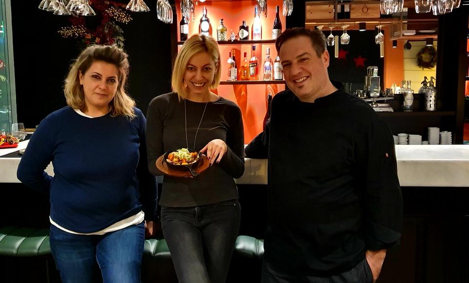 Βαρβάρα Ρέντζου-Μαρκέλλα Σαράιχα-Χάρης Αντωνόπουλος