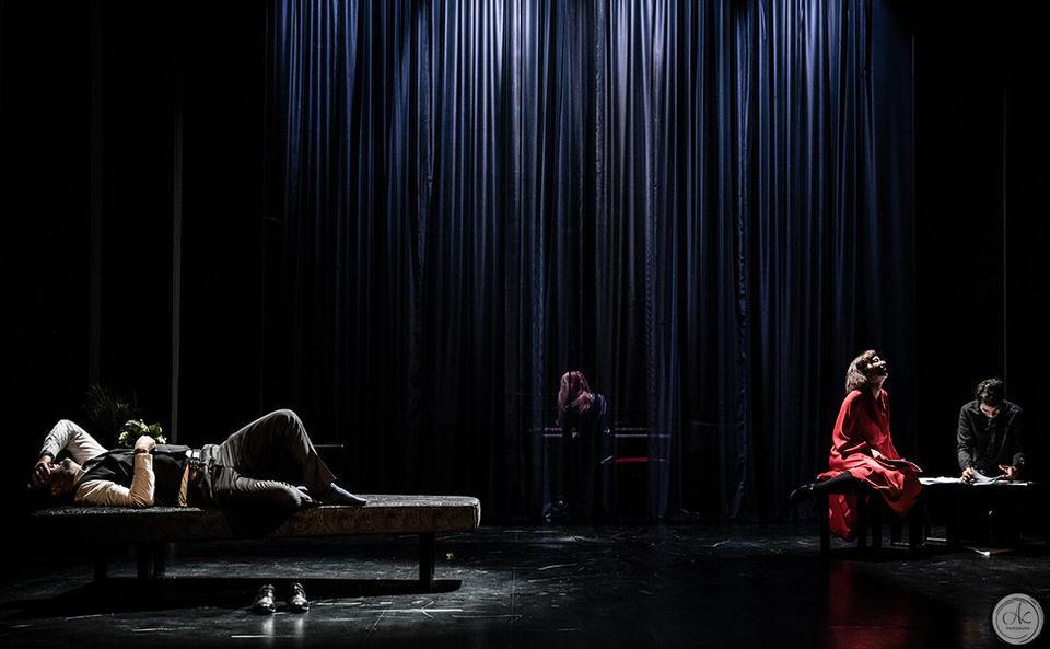 Η Έντα Γκάμπλερ του Henrik Ibsen παρουσιάζεται στο θέατρο ΑΛΜΑ