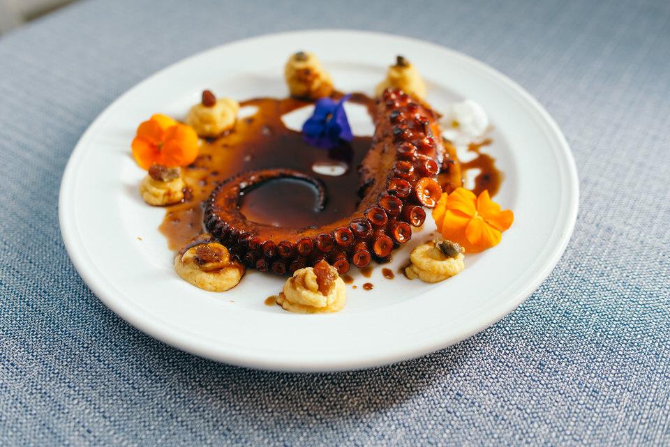 Gods' Restaurant: Η Μαρκέλλα Σαράιχα με το travelgirl.gr στο Οινομαγειρείο των Θεών
