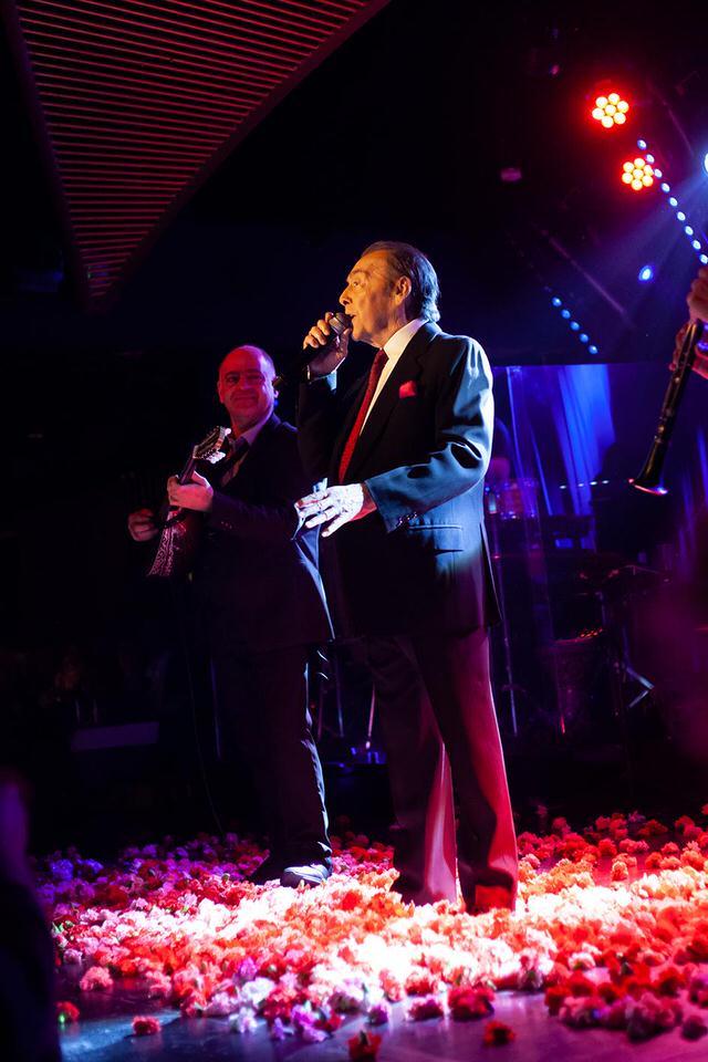 Ο Τόλης Βοσκόπουλος, επέστρεψε και μάγεψε στο BARAONDAMusic Hall