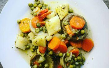 Νηστίσιμη συνταγή για αγκινάρες στο φούρνο