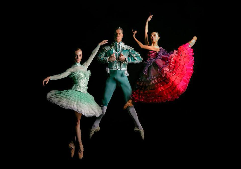 Το Μπαλέτο της ΕΛΣ παρουσιάζει μια νέα φιλόδοξη παραγωγή του κλασικού μπαλέτου Δον Κιχώτης