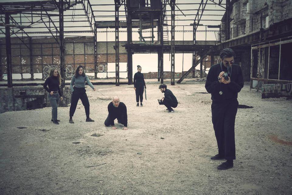 «Οι Ηλίθιοι» του Lars von Trier στο θέατρο Vault