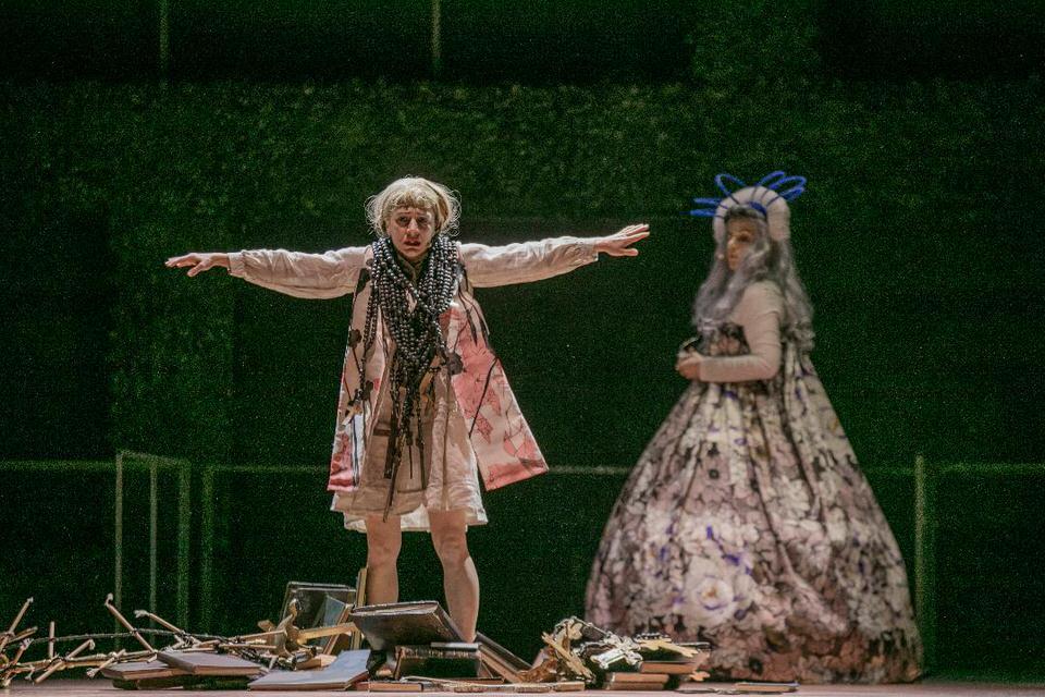 """Πάπισσα Ιωάννα - Μια νέα όπερα πάνω στο """"βλάσφημον"""" μυθιστόρημα του Ε. Ροΐδη"""