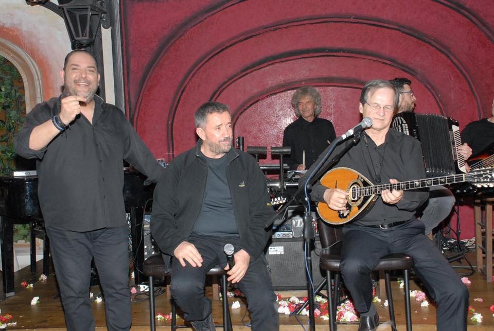Ο Σπύρος Παπαδόπουλος και ο Χρήστος Φερεντίνος απόλαυσαν το πρόγραμμα στο Περιβόλι του Ουρανού
