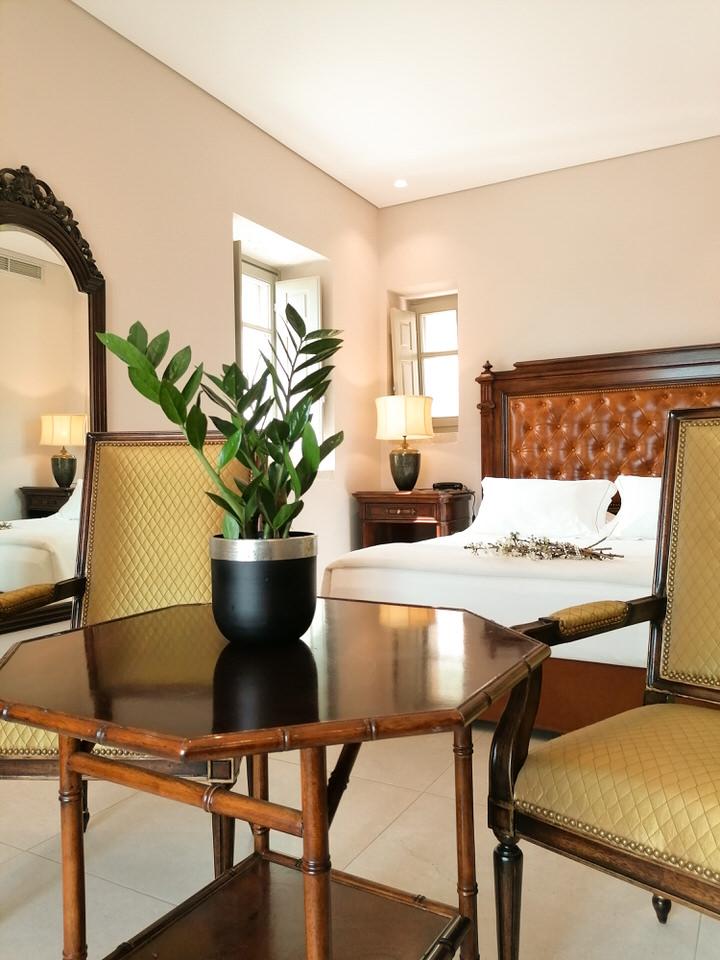 "Akrolithi Boutique Hotel & Suites: Το ξενοδοχείο της Μάνης που ""παντρεύει"" την πολυτέλεια με την παράδοση"