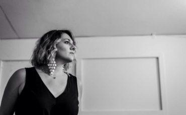 """Η Ασπασία Στρατηγού παρουσιάζει το νέο της single """"Σ' είδα πάλι εαυτέ μου"""""""