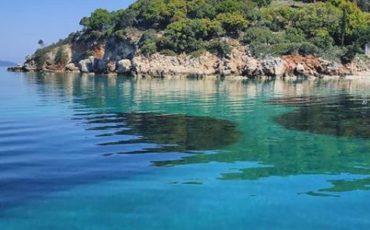 Κουτσουπιά: Ταξίδι στην κρυμμένη παραλία της Κεφαλονιάς με τη λευκή άμμο!