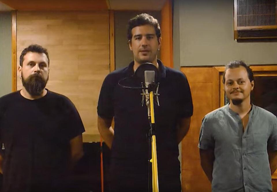"""""""Σ' ευχαριστώ Λουκιανέ"""" - Νέο τραγούδι από τους Ρεβάνς και τον Σπύρο Γραμμένο"""