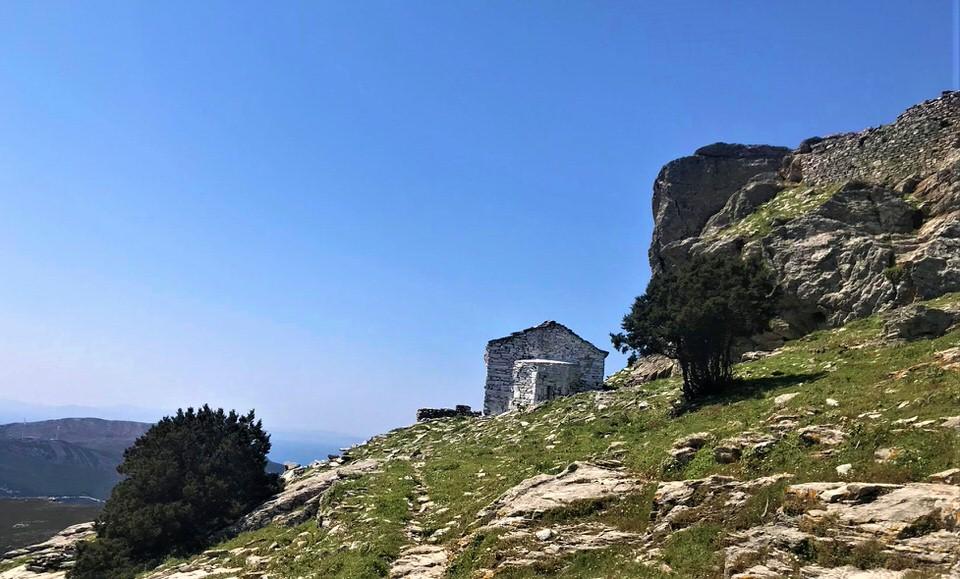 Ταξίδι στην ακρόπολη Στυρέων-κάστρο Αρμένων