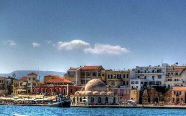 Παλιό Λιμάνι Χανίων: Ταξίδι στο χρόνο