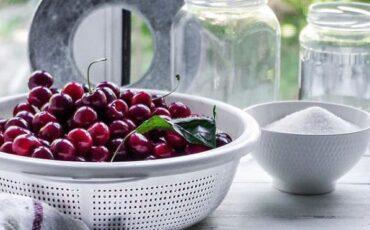 Συνταγή για σπιτική μαρμελάδα κεράσι