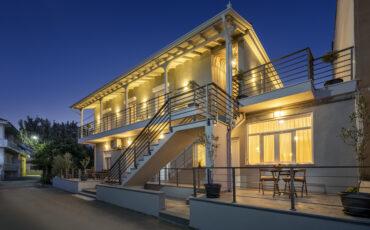 Macrame Suites: Σουίτες με άρωμα νησιού...σε πόλη της Ελλάδας!