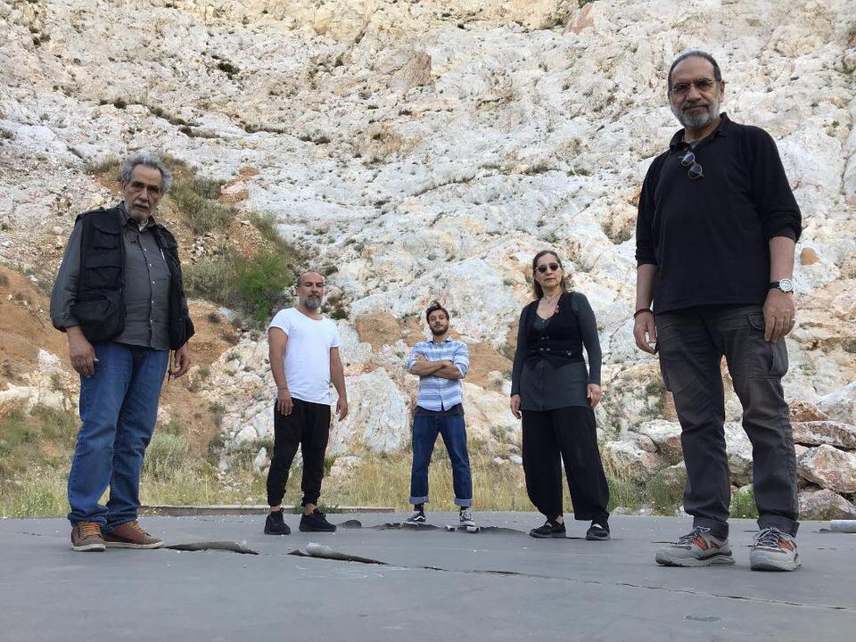 """""""Οδυσσέως σχεδία"""": Το ΔΗ.ΠΕ.ΘΕ. Καλαμάτας παρουσιάζει την εξαιρετική παράσταση σε σκηνοθεσία Γιάννη Μαργαρίτη"""