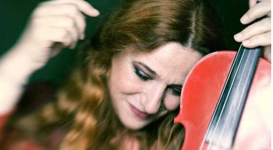 H Ευανθία Ρεμπούτσικα σε μία μοναδική συναυλία στο Άλσος Νέας Σμύρνης
