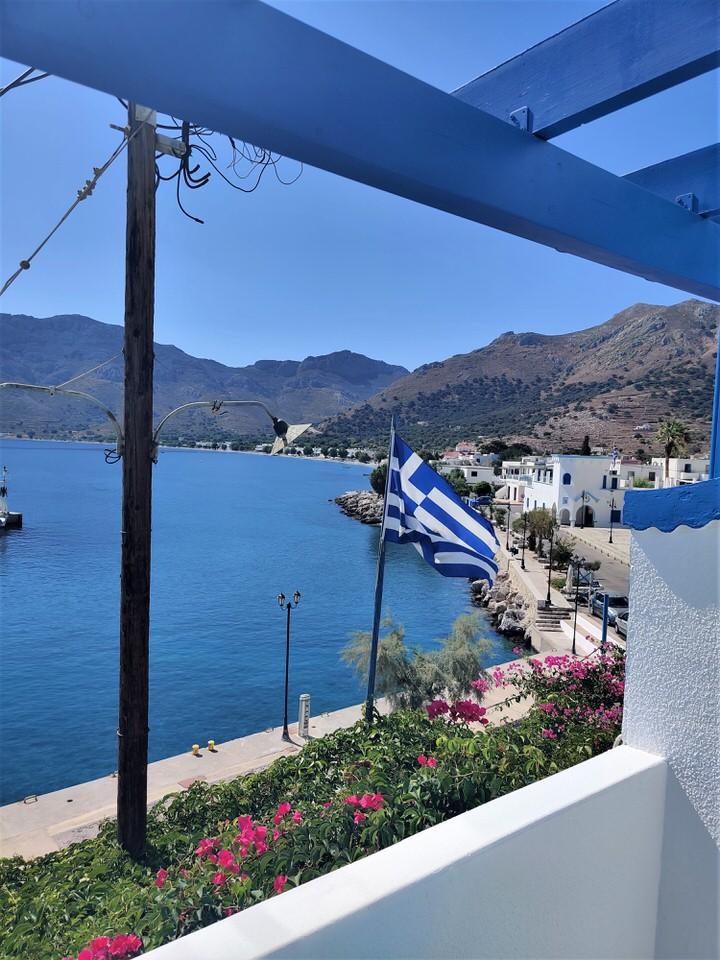 Blue Sky Apartments Tilos: Διαμονή με θέα το απέραντο γαλάζιο