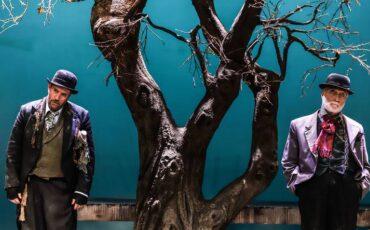 Περιμένοντας τον Γκοντό σε σκηνοθεσία Γιάννη Κακλέα: Νέες ημερομηνίες στην Αττική