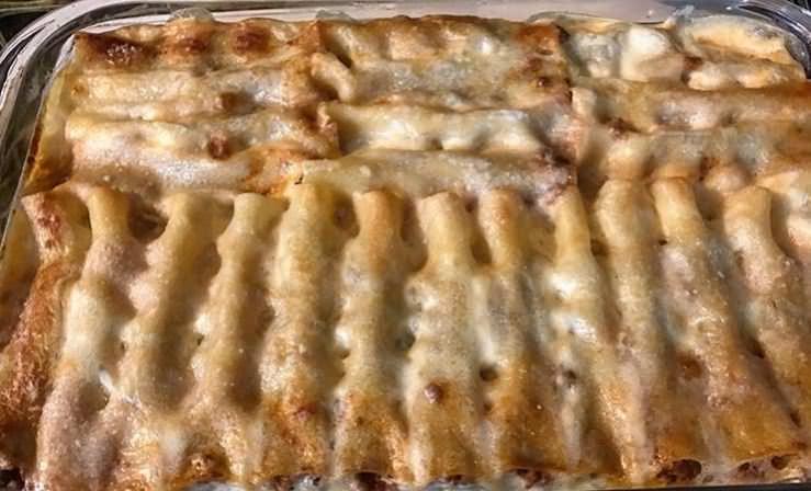 Συνταγή για κανελόνια με κιμά και κρέμα!