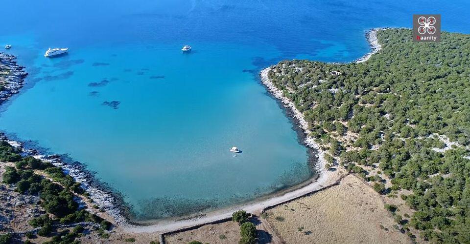 Νημπορειό Εύβοιας: Το πιο εξωτικό... μαντρί της Ελλάδας (video)