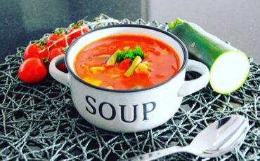 Συνταγή για την πιο υγιεινή και εύκολη χορτόσουπα!