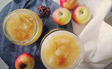 Συνταγή για σπιτική μαρμελάδα μήλου με 5 υλικά!