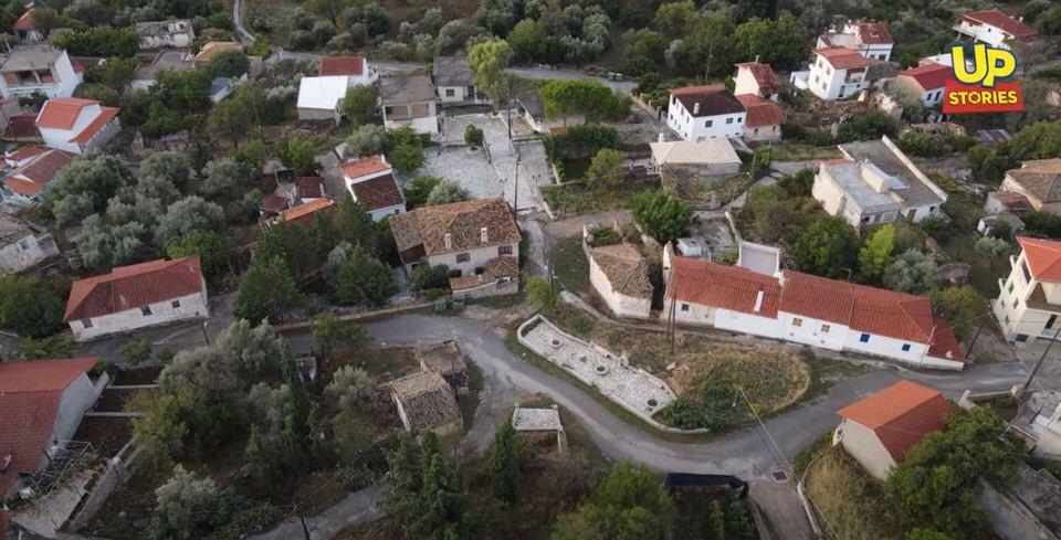 Κολοπετινίτσα: Ταξίδι στο χωριό που όλοι πιστεύουν ότι δεν υπάρχει (video)