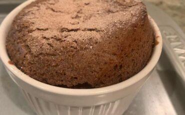 Συνταγή για το πιο εύκολο σουφλέ σοκολάτας