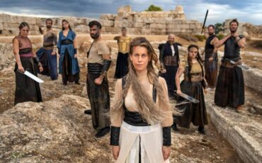 Δημοτικό Θέατρο Πειραιά: Από το Μουσείο στο Θέατρο-Ανιχνεύοντας τη Θεατρική Πράξη της Αρχαίας Τραγωδίας