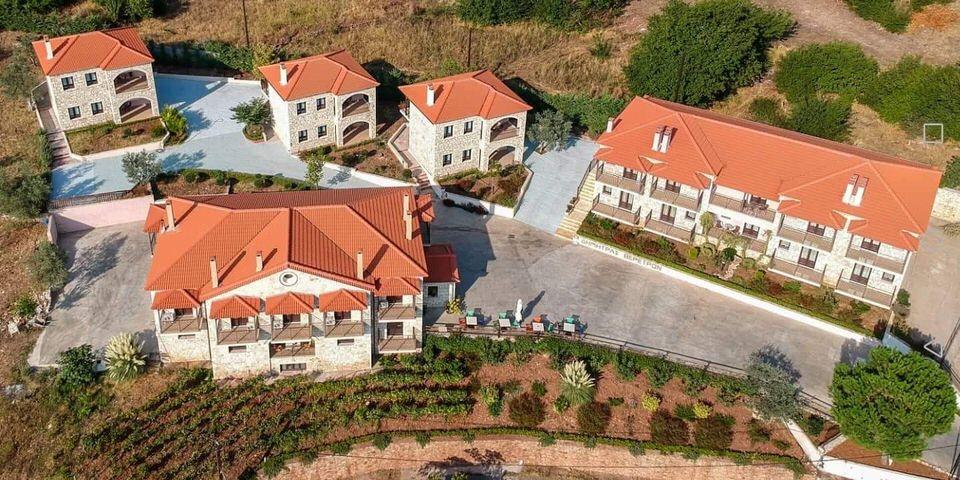 Dimitra's Resort: Εδώ που η παράδοση συναντά την πολυτέλεια