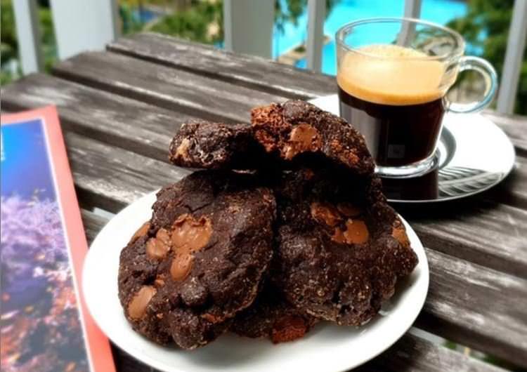 Συνταγή για τα πιο νόστιμα σοκολατένια τραγανά μπισκότα!