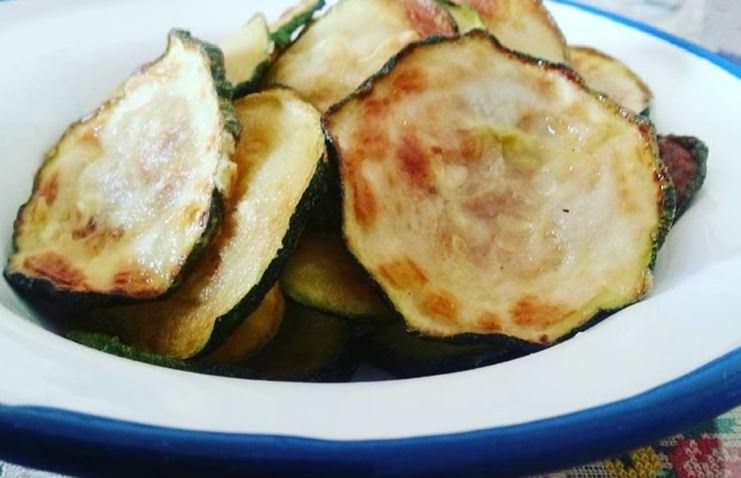 Συνταγή για τσιπς κολοκυθιού και kale