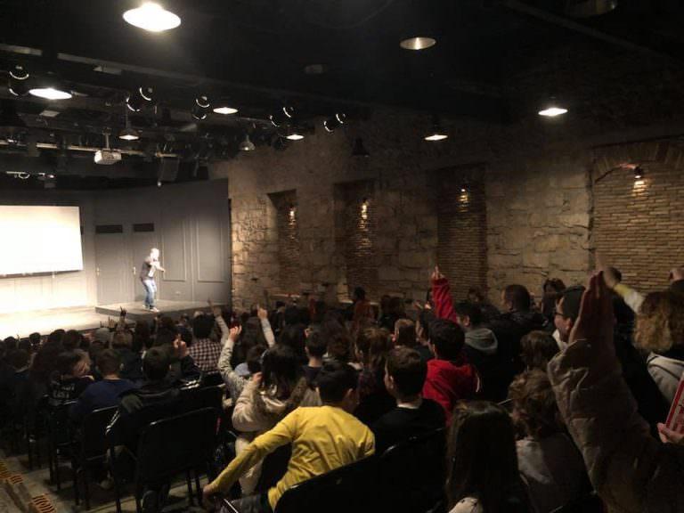 Comedy club για παιδιά με τον Γιώργο Χατζηπαύλου τον Νοέμβριο στο Κολοσσαίον