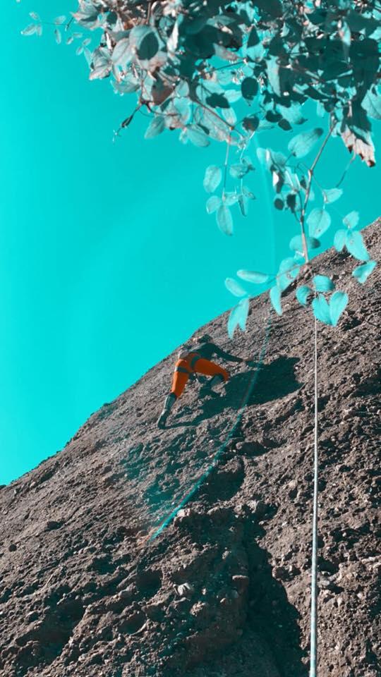 Ο Θανάσης Χτενάς και η Ηρώ Βαλαβάνη μας συστήνουν το Ikigai τους: Εκδρομές στη φύση και μαγείρεμα κάτω από το φεγγάρι