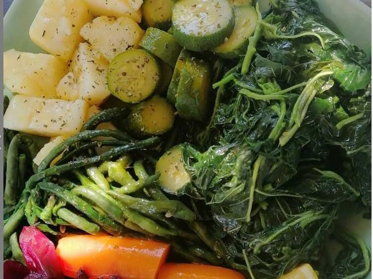 Συνταγές: 3+1 σως για βραστά λαχανικά