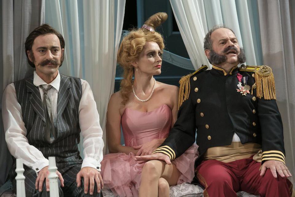 """Εθνικό Θέατρο: Live streaming """"Η Κυρία του Μαξίμ"""" το Σάββατο 28 Νοεμβρίου"""