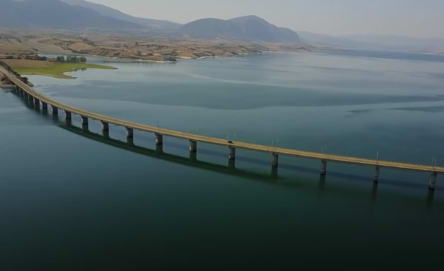 Γέφυρα Σερβιών Κοζάνη (Νεράϊδα): Η ομορφότερη γέφυρα της Ελλάδας από ψηλά (video)