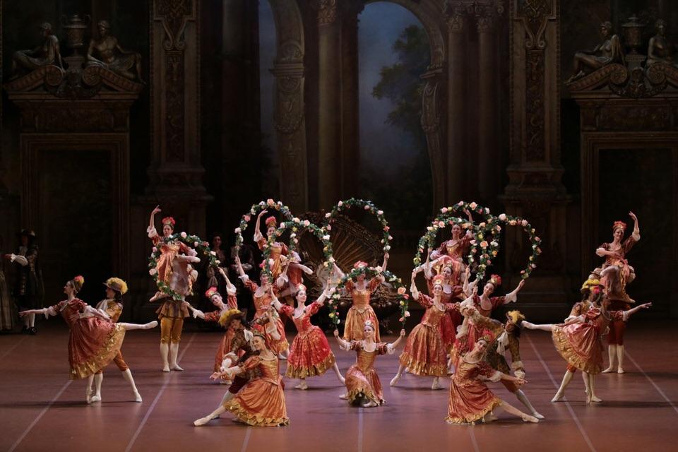 Η Ωραία Κοιμωμένη με την χορογραφία του Ρούντολφ Νουρέγιεφέρχεται στο Christmas Theater On Line