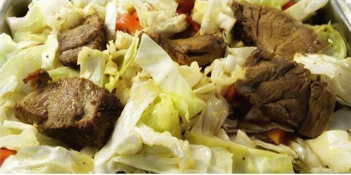 Παραδοσιακή συνταγή για κρέας με λάχανο