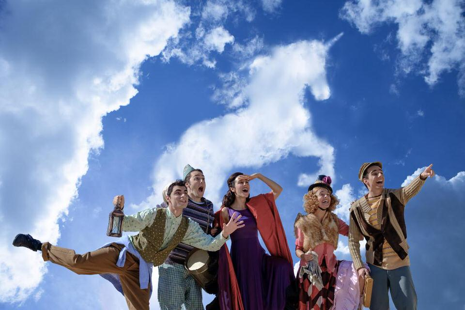 Πιστεύω στους μονόκερους: Live steaming από την Κεντρική Σκηνή του Εθνικού Θεάτρου στις 13 Δεκεμβρίου