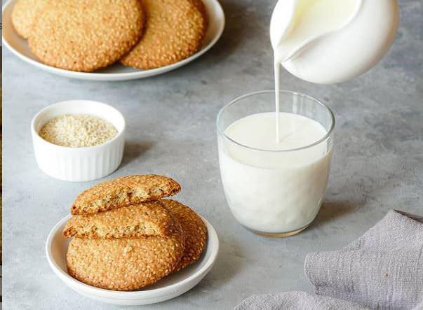 Συνταγή για μπισκότα με σουσάμι