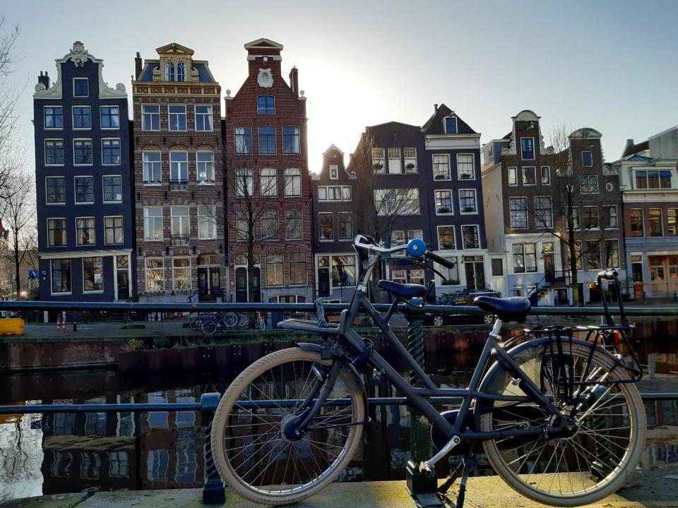 Το Άμστερνταμ του Ρέμπραντ φαν Ράιν by Rembrandt and the Cat
